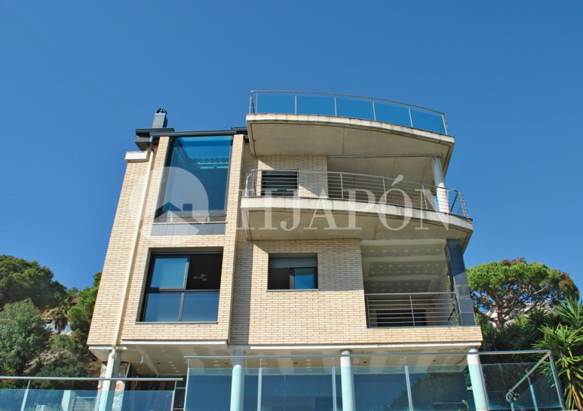 House for sale_view to the sea_ Badalona