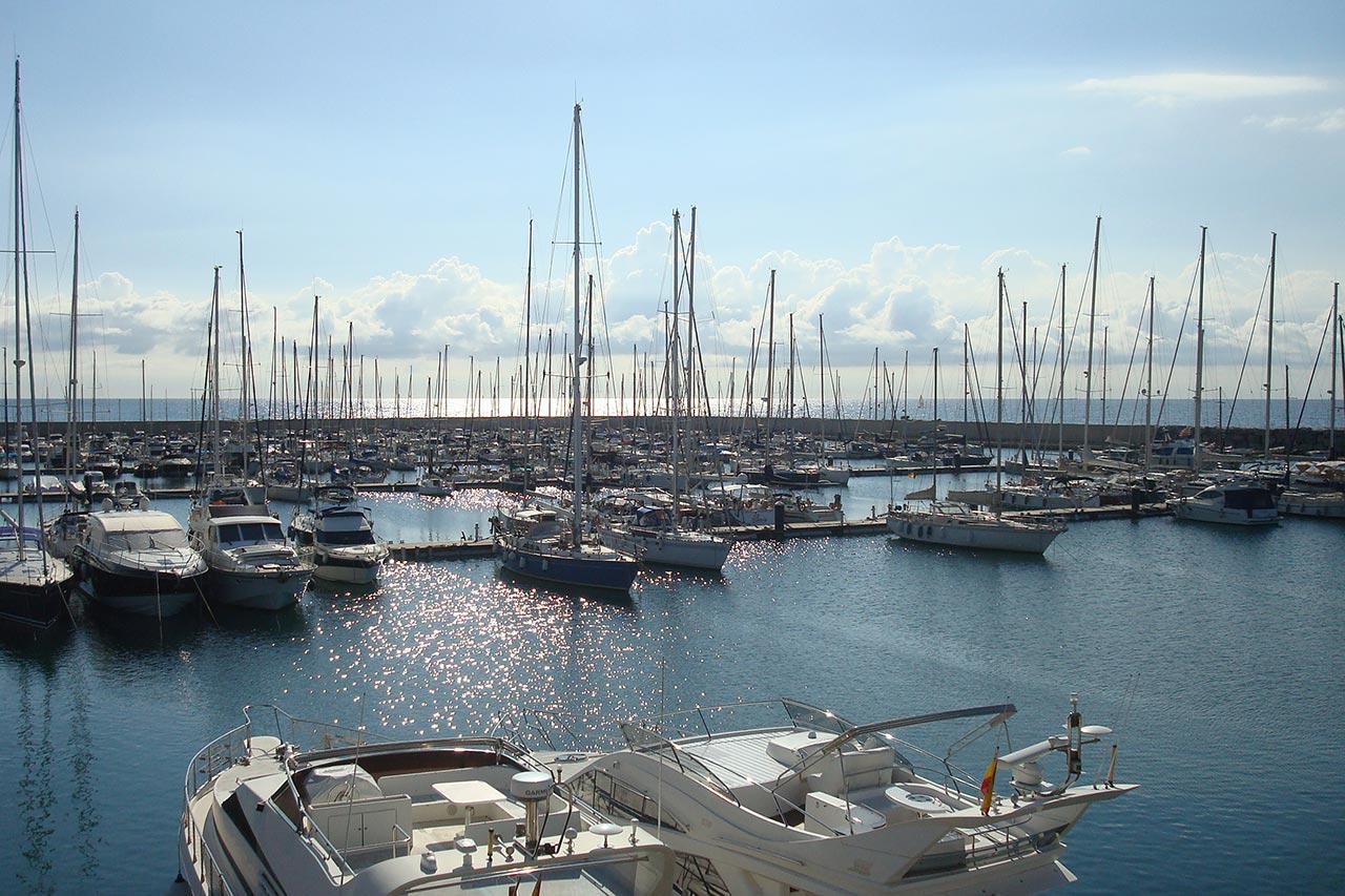 Nuevo puerto de Premiá amarres