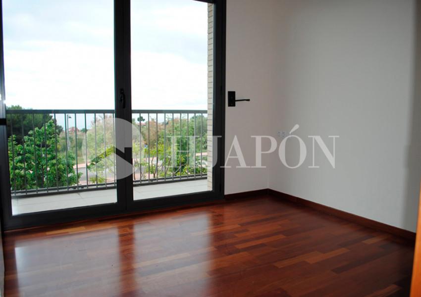 Apartamento de lujo en alquiler en tei zona residencial hjap n - Casas en alquiler cerca de barcelona ...